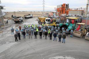 Başkan Palancıoğlu 1 yılda rekor asfalt yol yapan ulaşım ekibine teşekkür etti