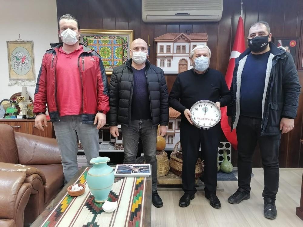 Birleşik Metal İşçileri Sendikası yöneticileri Başkan Şahin'le bir araya geldi