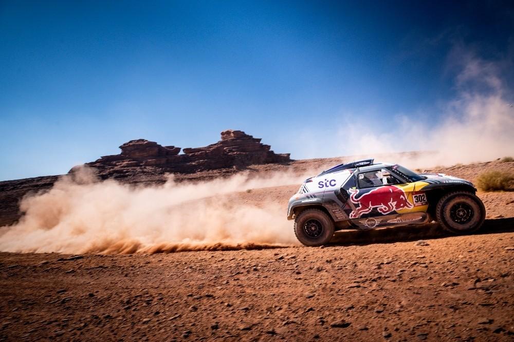 Dakar Rallisi'nde dokuzuncu etabın galibi Stephane Peterhansel