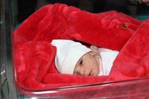 Diyarbakır'da 2021'in ilk bebekleri dünyaya geldi