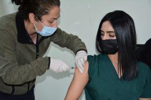 DÜ personellerine aşı uygulaması başlattı