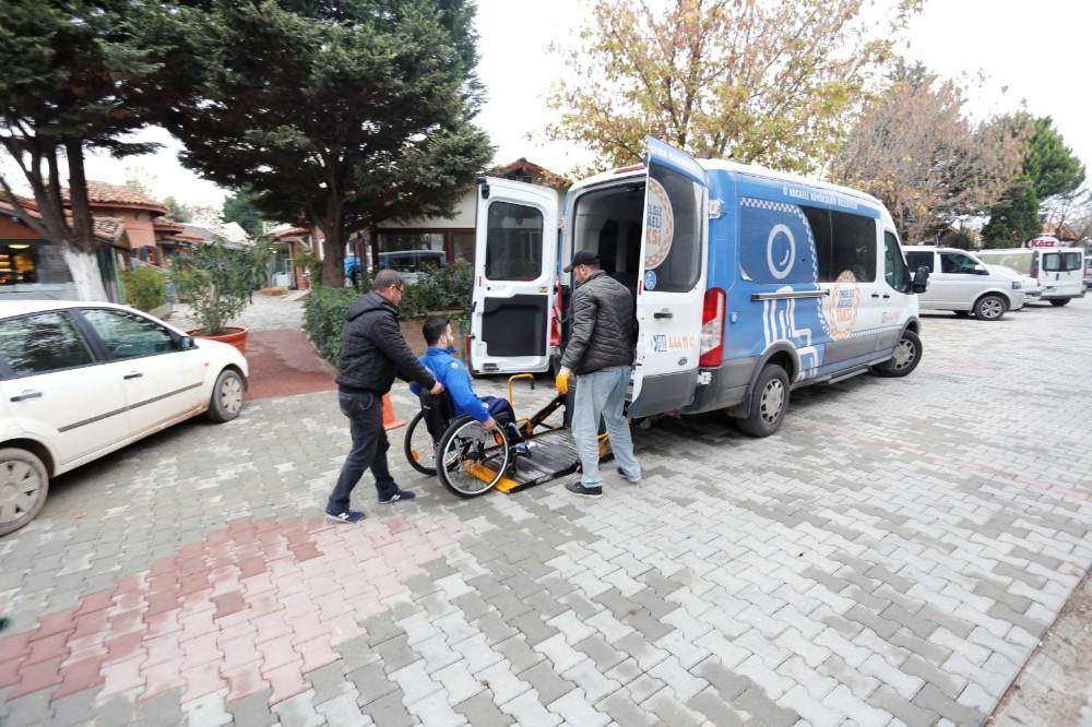 Engelsiz Taksi ile 5 bin 213 ulaşım hizmeti