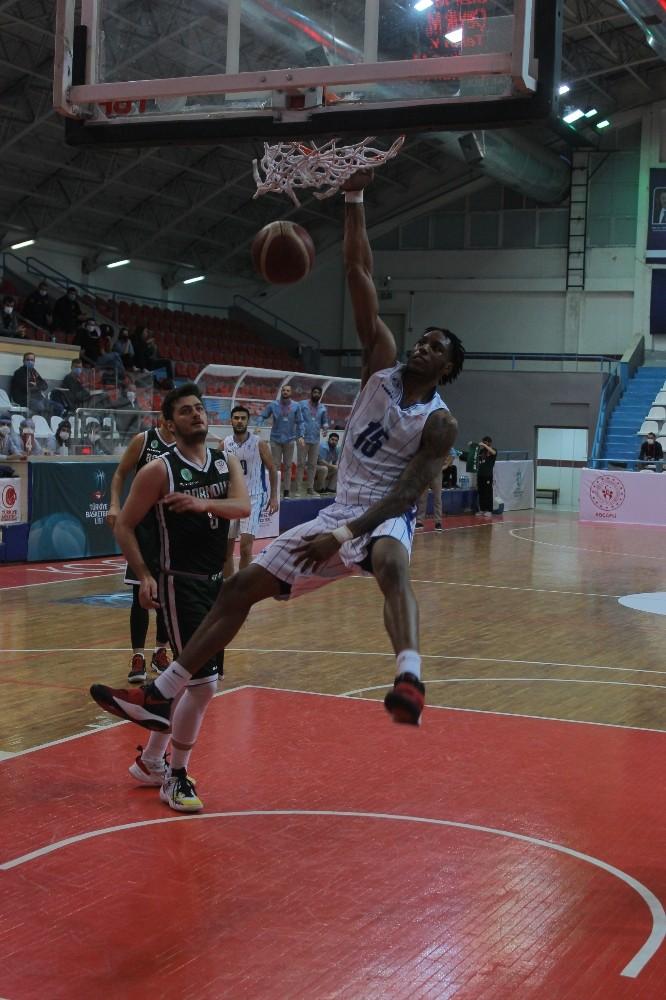 Erkekler Basketbol 1. Ligi: Kocaeli B.B. Kağıtspor: 74 – Bornova Belediyespor: 76