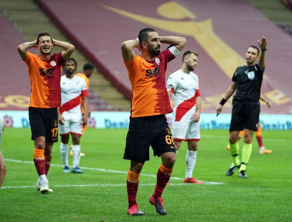 Galatasaray liderliği kaptırdı