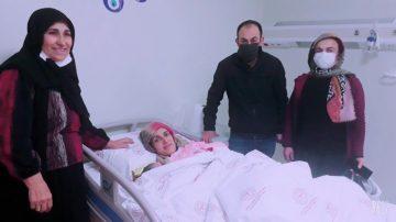 Gülten bebek 00.01'de dünyaya gözlerini açtı