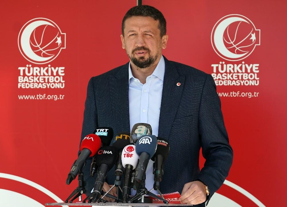 """Hidayet Türkoğlu: """"Görevimi gururla sürdürmeye devam ediyorum"""""""