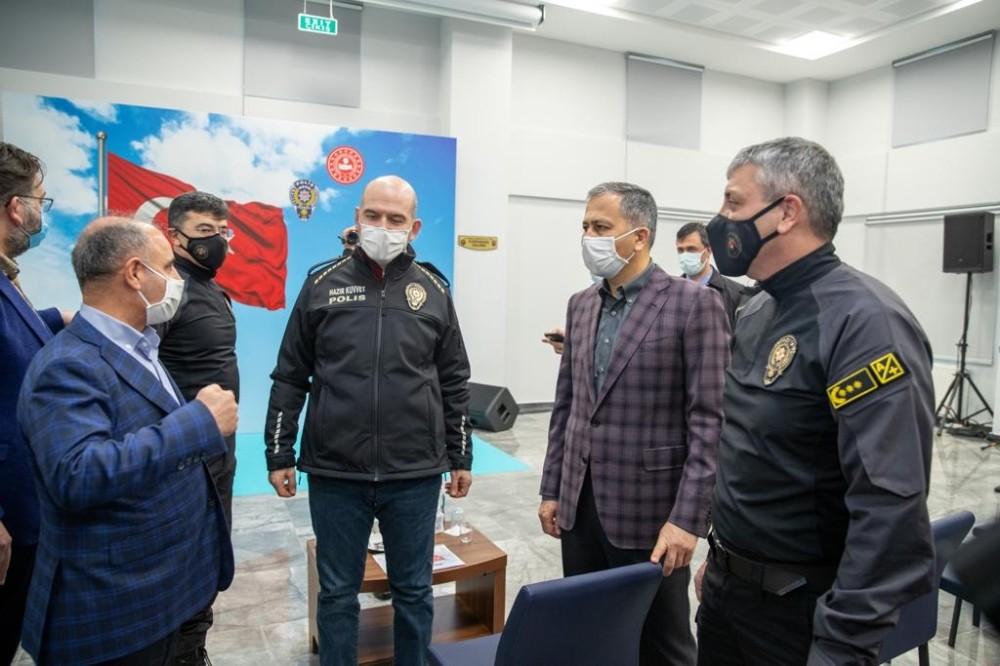 İçişleri Bakanı Soylu, İstanbul Takviye Kuvvet Müdürlüğü'nü ziyaret etti