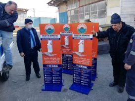 İlkadım'dan vatandaşa dezenfektan desteği