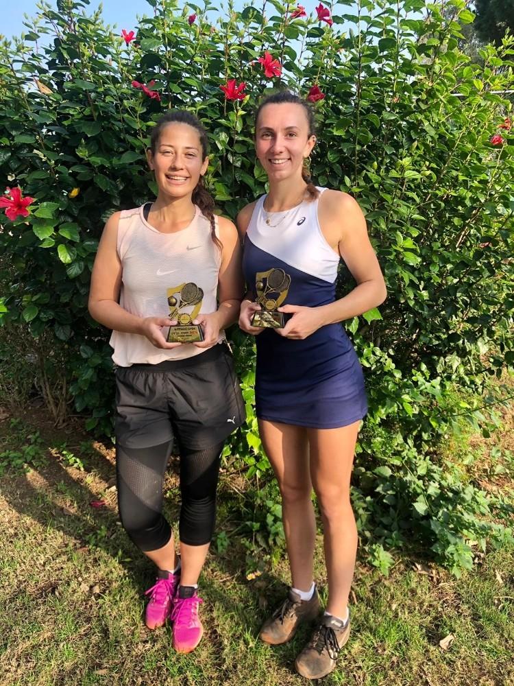 İpek ve Cemre Antalya'da şampiyon