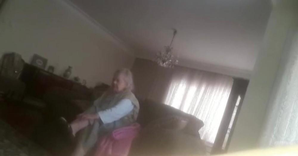 Kadıköy'de yaşlı kadına bakıcı şiddeti kamerada