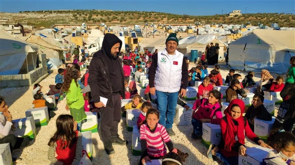 Kocaeli'de toplanan yardımlar savaşın çocuklarına tebessüm oldu