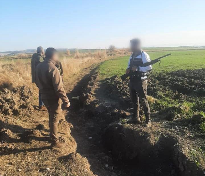 Koruma altındaki turaç kuşunu avlayanlara 6 bin lira ceza