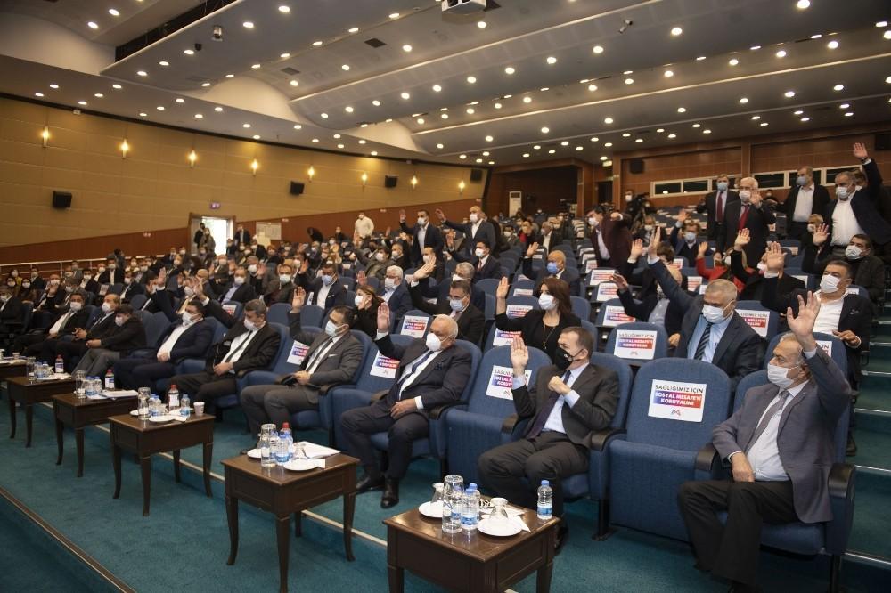 Mersin Büyükşehir Meclisinde cemevi tartışması