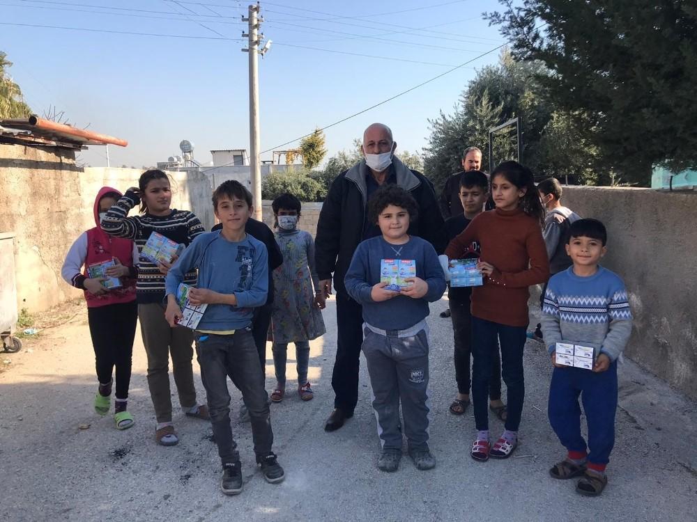 Mezitli Belediyesinden çocuklara devam sütü desteği