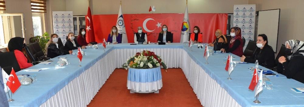 Milletvekili Taşkesenlioğlu Ban'dan kadın girişimcilere tam destek