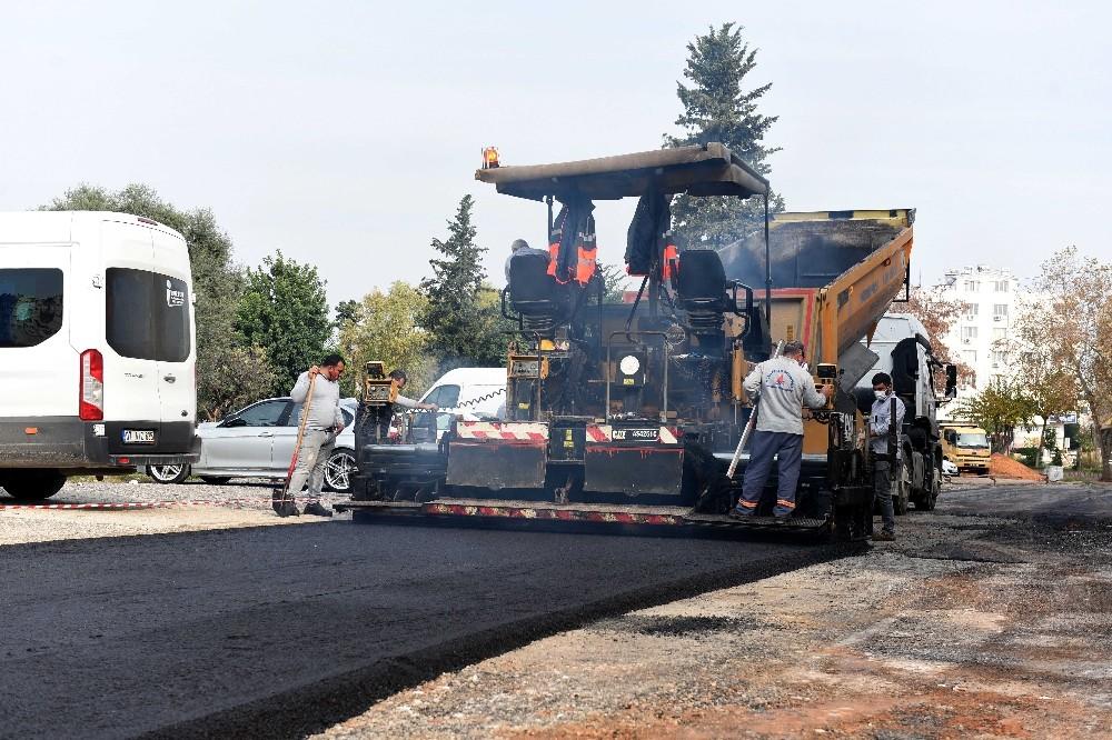 Muratpaşa'da yol yenileme çalışmaları