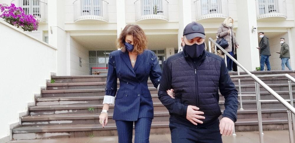 Sıla-Hazer Amani çifti Bodrum'da boşandı