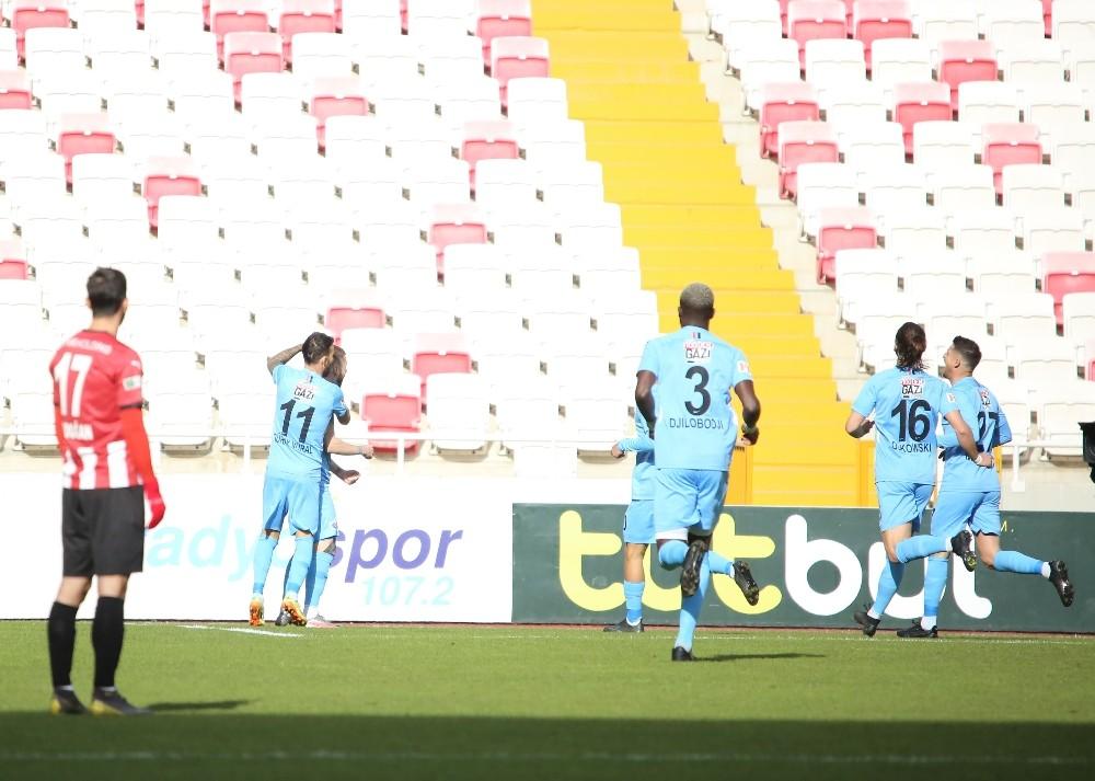 Süper Lig: DG Sivasspor: 0 – Gaziantep FK: 1 (Maç devam ediyor)