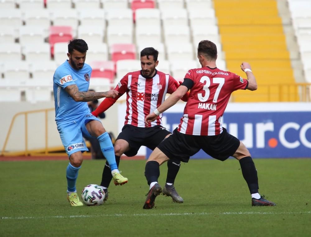 Süper Lig: DG Sivasspor: 1 – Gaziantep FK: 1 (İlk yarı)