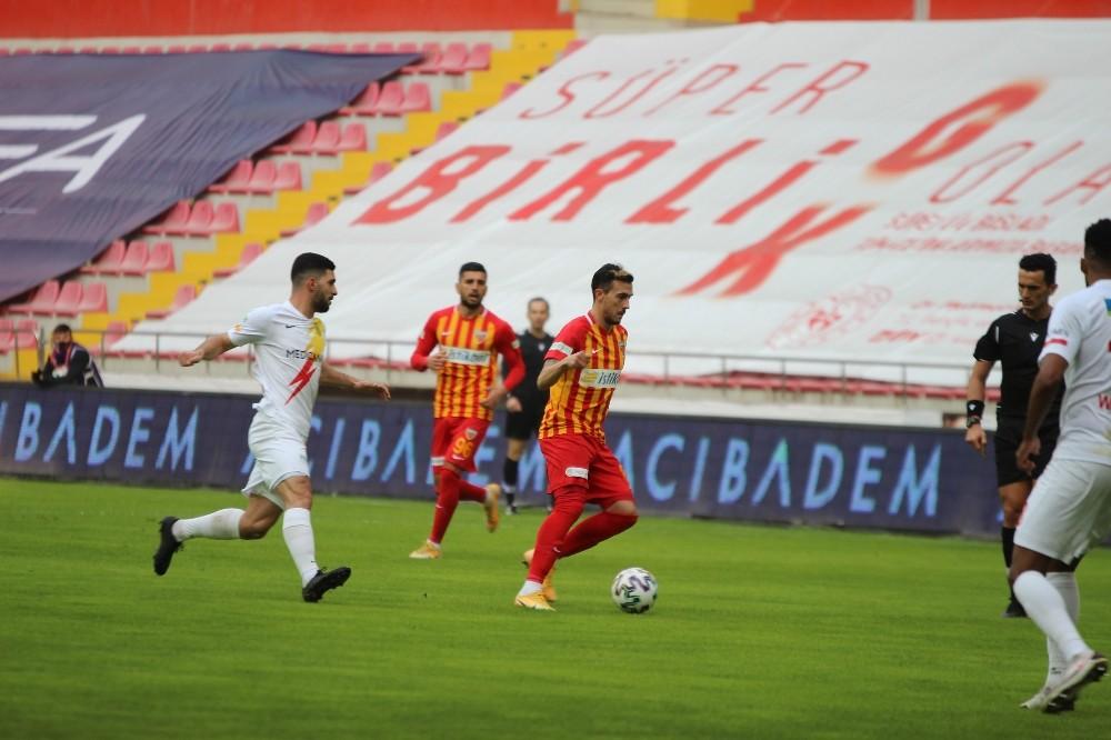 Süper Lig: Kayserispor: 1 – Yeni Malatyaspor: 0 (İlk Yarı)