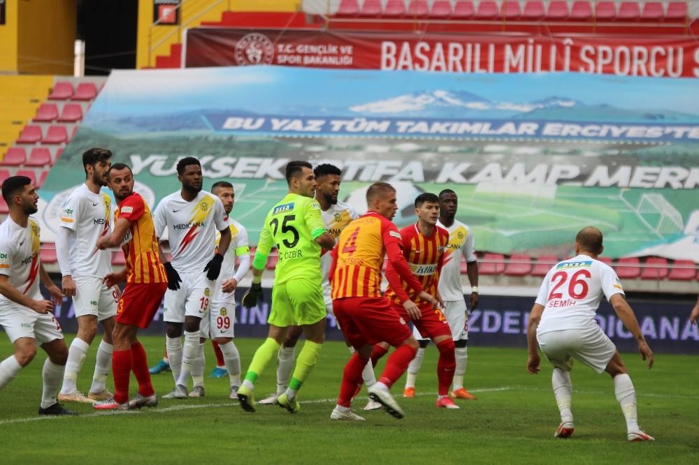 Süper Lig: Kayserispor: 1 – Yeni Malatyaspor: 0 (Maç devam ediyor)