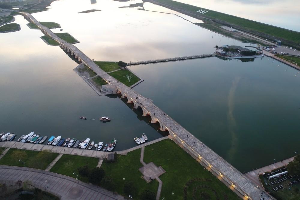Tarihi köprüler restore ediliyor