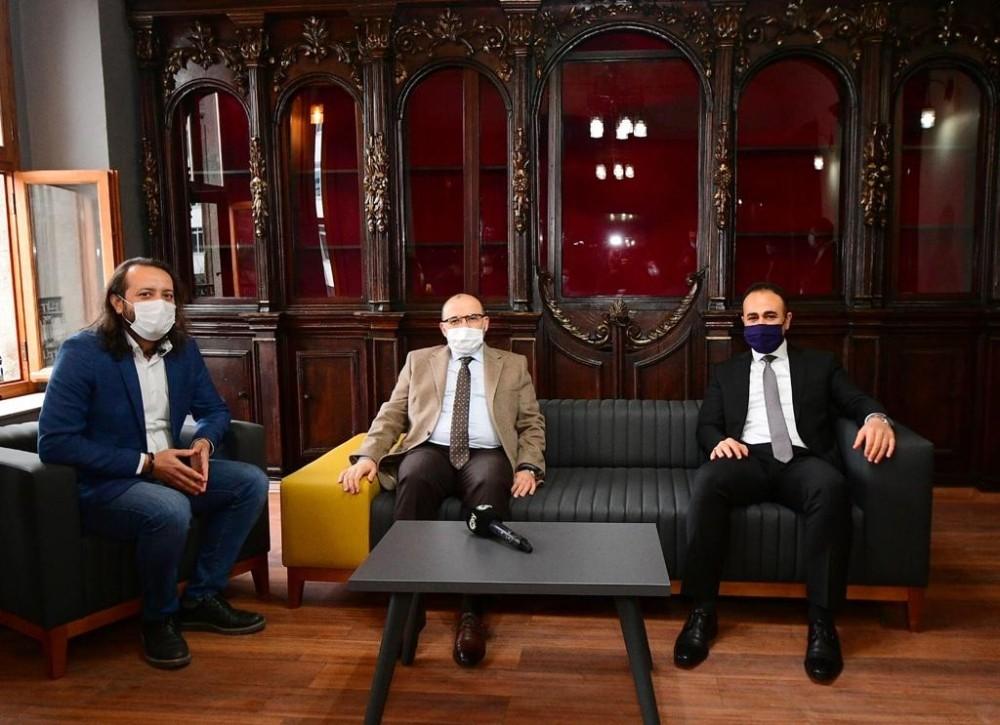 """Trabzon Valisi Ustaoğlu: """"Korona virüs ile ilgili endişe verici rakamlara ulaşmıştık, şu anda yükselişi durdurduk"""""""