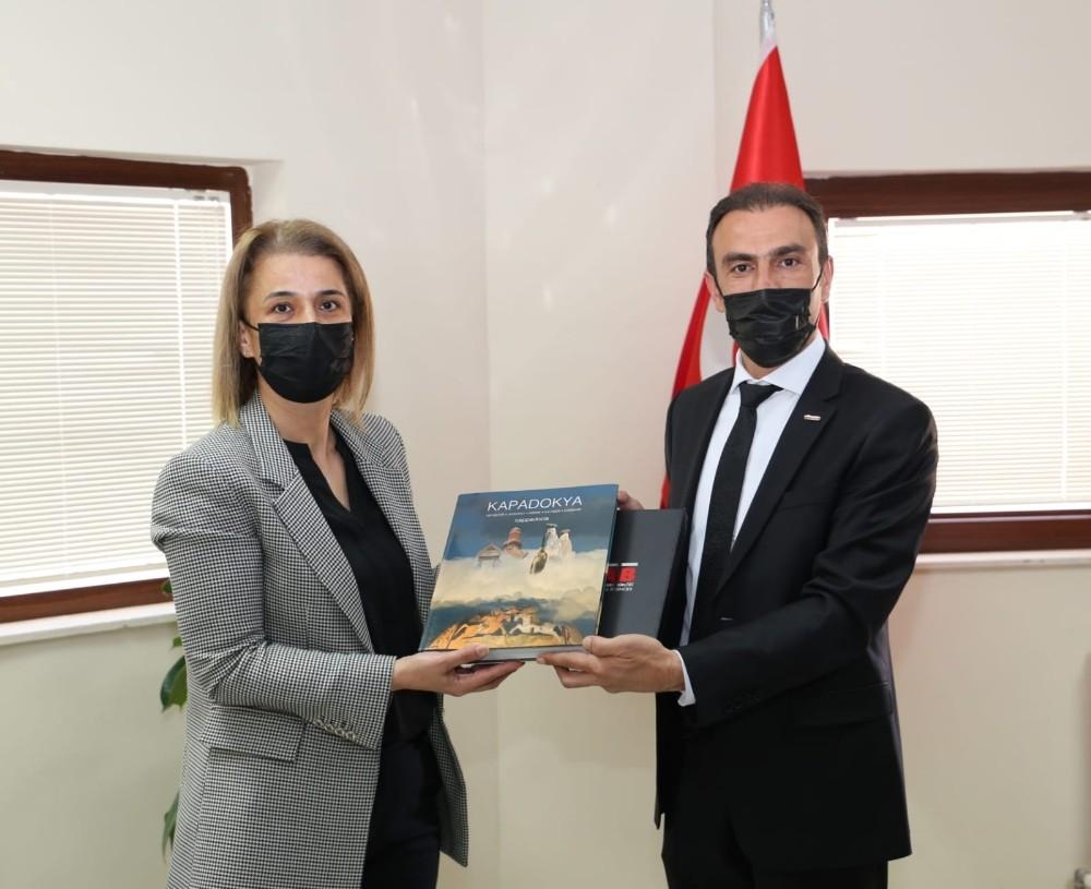Vali Becel, TÜRSAB Kapadokya Başkanı Aldemir'i ziyaret etti