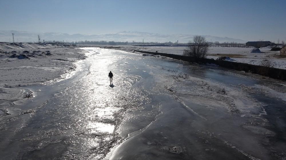 Van'ın iki ilçesi Sibirya'ya döndü