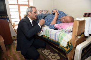 Tarsuz Belediye Başkanı Vatandaşları Muayene Etti