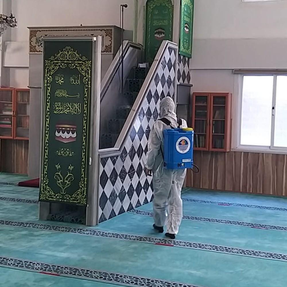 Yenişehir'de ibadethaneler ve ASM'ler dezenfekte ediliyor